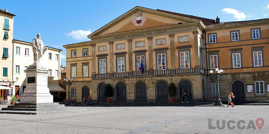 Teatro del Giglio Or Theatre of Giglio in Lucca