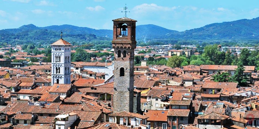Torre delle Ore in Lucca